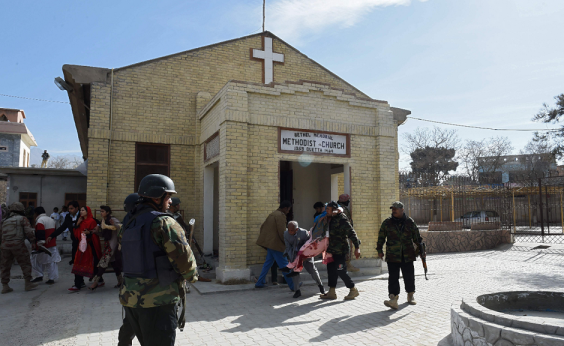 Ataque à igreja deixa 9 mortos e 30 feridos no Paquistão