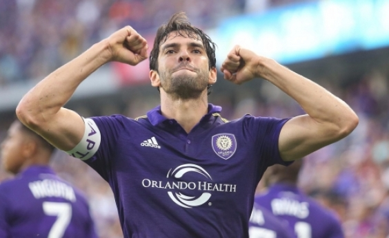 Kaká anuncia aposentadoria como jogador e estuda ser dirigente de futebol
