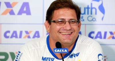 Guto se desculpa com torcida do Bahia: ʹTenho que reconstruir a relaçãoʹ