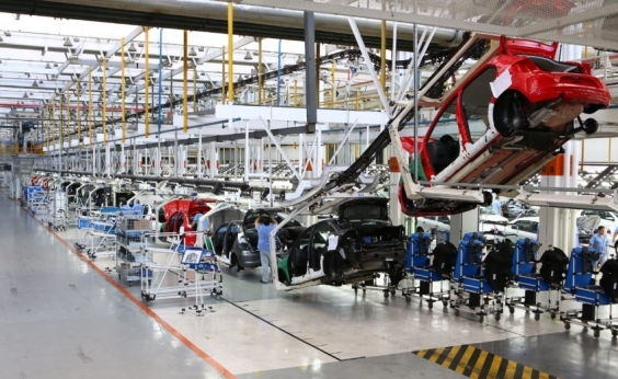 Produção de veículos sobe 25,2% no Brasil em 2017