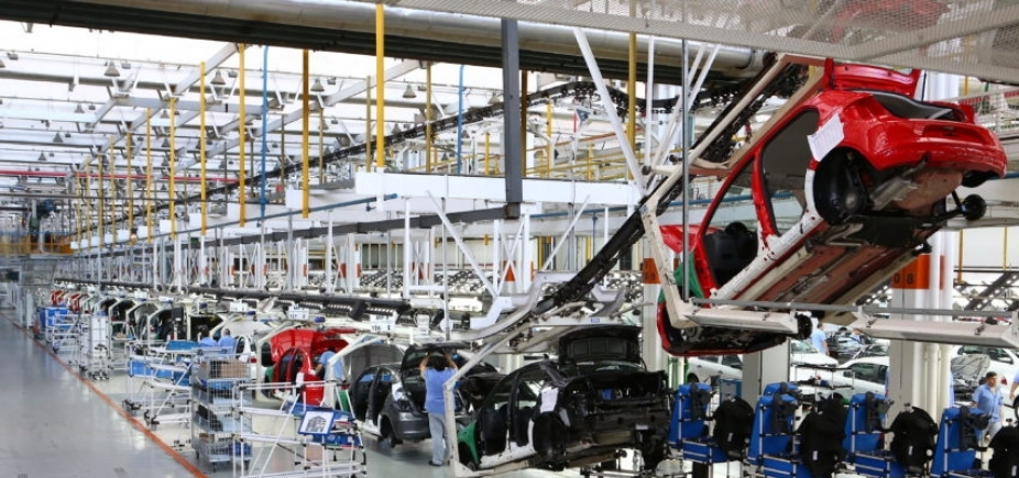 [Produção de veículos sobe 25,2% no Brasil em 2017]