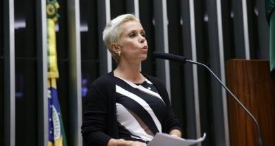 Nova ministra dá verba da Câmara para a tia de sua chefe de gabinete