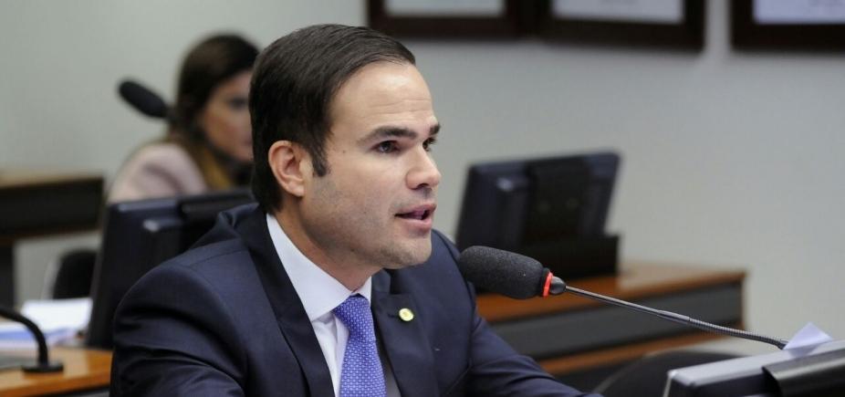 [Cacá critica governo, diz que país ʹprecisaʹ de Maia e Neto ʹé o mais forte da oposiçãoʹ]