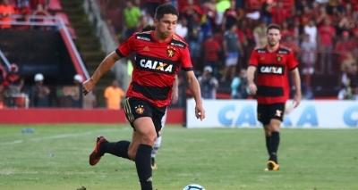 Após proposta, Osvaldo aguarda resposta do Vitória: ʹAgoniadoʹ