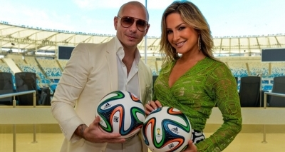 Claudia Leitte anuncia Pitbull como convidado no Carnaval de Salvador