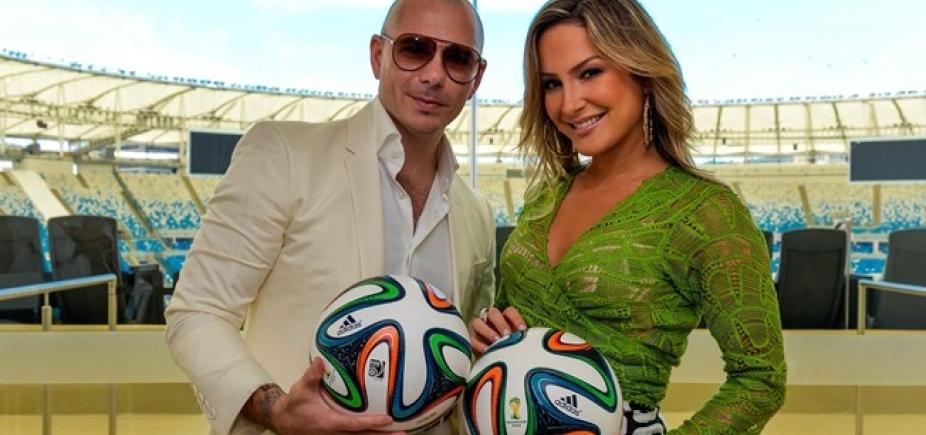[Claudia Leitte anuncia Pitbull como convidado no Carnaval de Salvador]