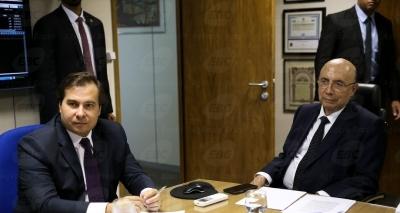 Rebaixamento da nota do Brasil gera novo mal-estar entre Maia e Meirelles