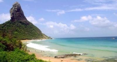 Surfista baiano leva 15 pontos após ataque de tubarão em Fernando de Noronha