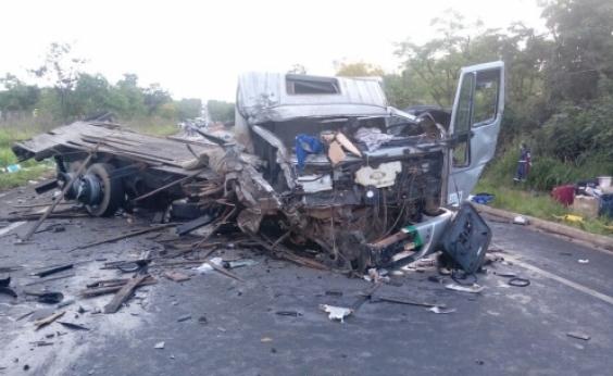 Acidente deixa 13 mortos e 39 feridos em MG