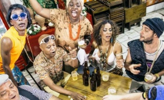 Nova temporada do espetáculo ʹDe Um Tudoʹ começa em Salvador; confira datas