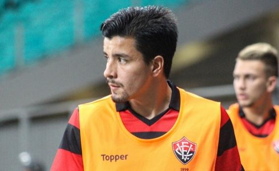 Ex-jogador do Vitória se afasta do futebol para cuidar de filha com leucemia