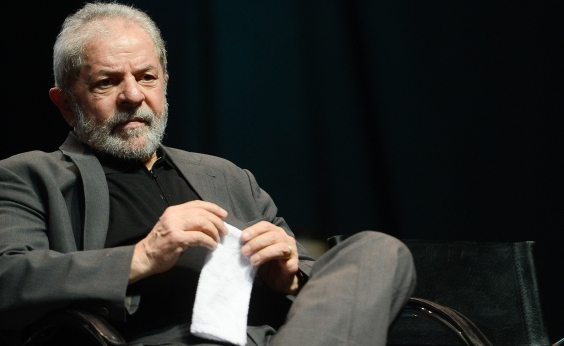 Relator da Lava Jato nega pedido para Lula ser ouvido antes do julgamento
