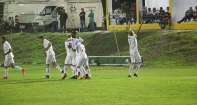Vitória bate o Globo-RN na estreia do Nordestão por 2 a 1