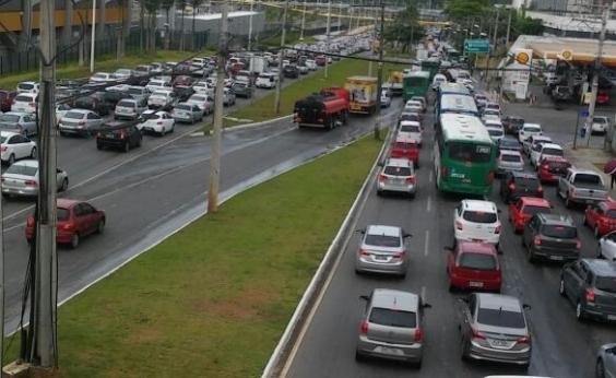 Sem acidentes, trânsito ainda flui sem problemas nas principais vias