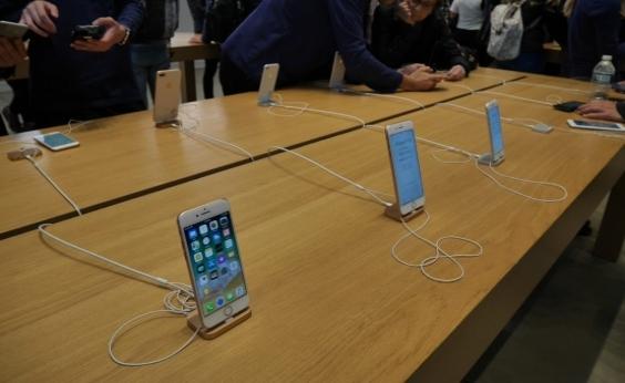 Atualização para deixar usuário evitar lentidão no iPhone é anunciada pela Apple