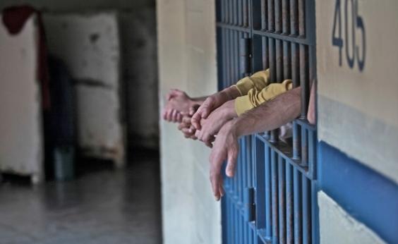 Presos que respondem por homicídio fogem de conjunto penal na Bahia