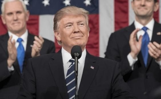 Senado dos EUA barra orçamento provisório e governo Trump é paralisado