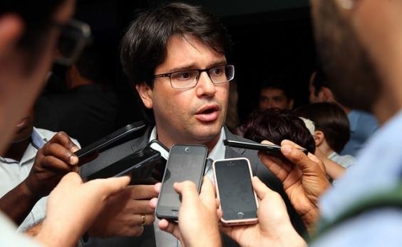 Presidente do Bahia nega acerto com Allione