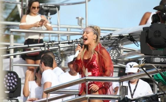 Anunciada em pré-carnaval, Claudia Leitte fica de fora por falta de contrato e revolta fãs
