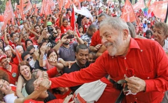 Lula viaja para Porto Alegre nesta terça-feira