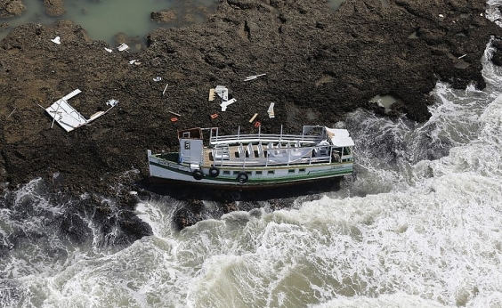 Lancha que matou 19 na travessia Salvador/Mar Grande não tinha estabilidade, diz Marinha