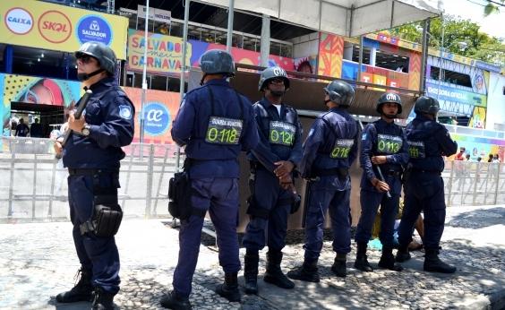Guarda Civil apreende 56,6% menos armas brancas no carnaval deste ano