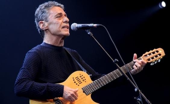 Chico Buarque traz o show Caravanas para Salvador em maio; veja datas