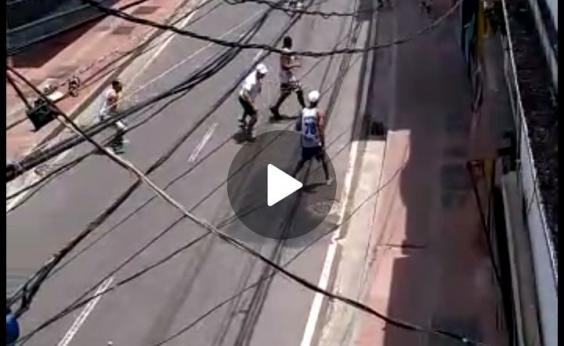 Torcidas organizadas entram em confronto na Baixa dos Sapateiros; veja vídeo
