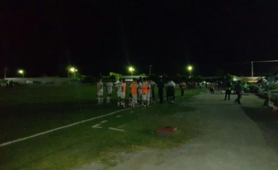 Jacuipense x Vitória: apagão deixa estádio de Riachão de Jacuípe sem luz
