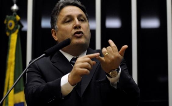 Ex-governador Garotinho é internado no Rio com dores no peito