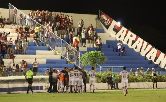 Vitória vence Jacuipense por 1 a 0 em jogo com apagão