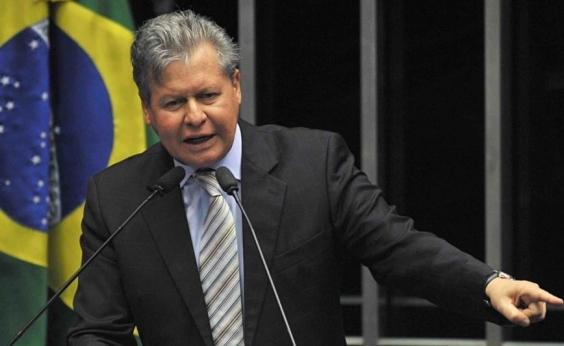 Virgílio nega sair do PSDB e critica FHC e Alckmin: ʹFigura quase de um monarcaʹ