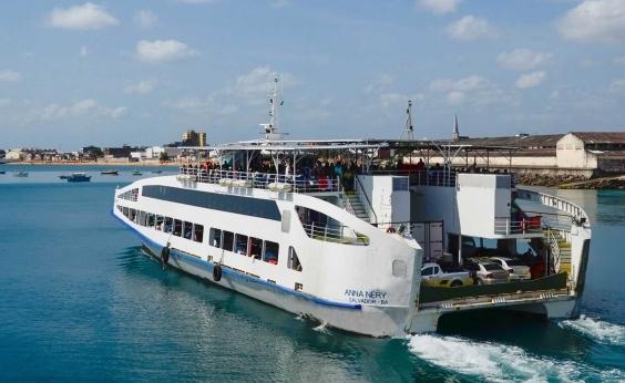 Travessia Salvador-Mar Grande tem movimento moderado neste sábado; ferry tem fluxo tranquilo