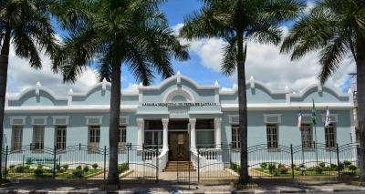 Câmara Municipal de Feira abre concurso e paga até R$ 2,6 mil