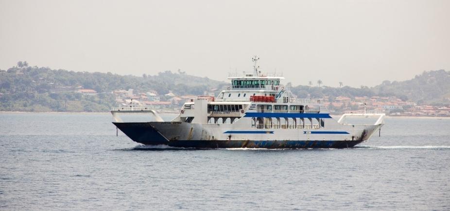 [Ferry boat: movimento é tranquilo nesta tarde]