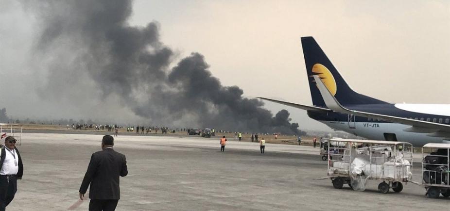 [Acidente de avião deixa pelo menos 40 mortos no Nepal]