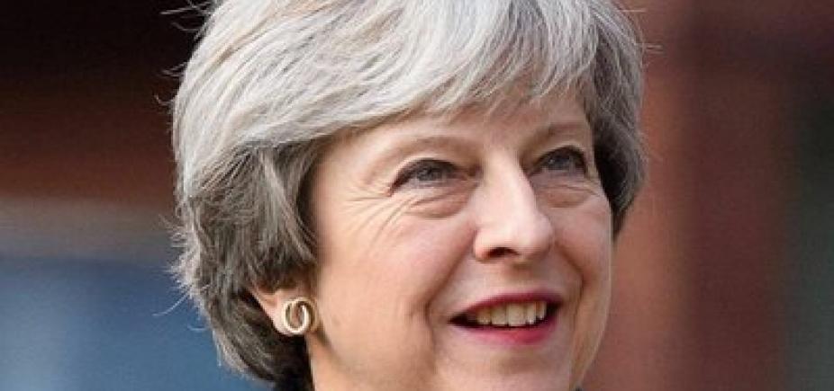 [Primeira-ministra britânica acusa Rússia de ataque a ex-espião]