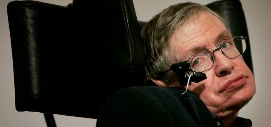 [Astrofísico Stephen Hawking morre aos 76 anos]