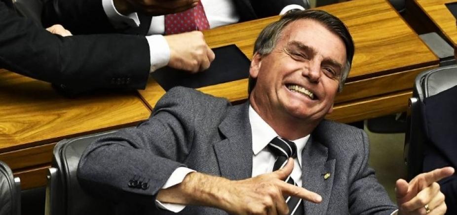 [Bolsonaro quer campo de refugiados em Roraima]