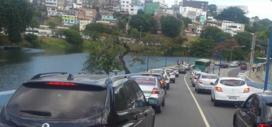 [Motoristas devem evitar vias de acesso a Adhemar de Barros, em Ondina]