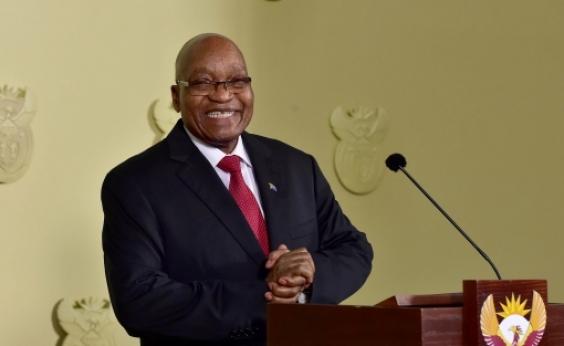 Jacob Zuma, ex-presidente sul-africano, é indiciado por corrupção