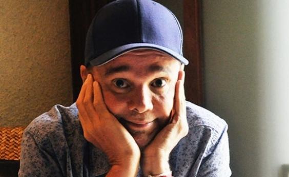 Cantor Netinho retorna aos trios após quatro anos afastado
