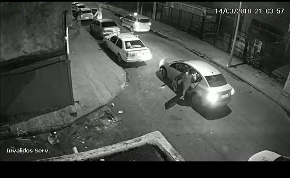 Imagens revelam Marielle momentos antes de assassinato; veja vídeo