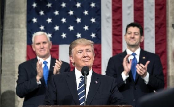Trump prepara plano de ação com sanções contra a China