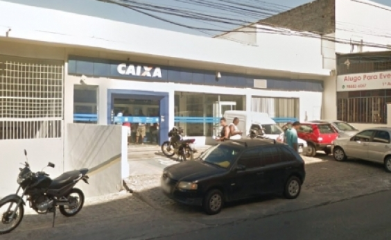Assaltante é preso após tentar arrombar cofre de banco em Pirajá