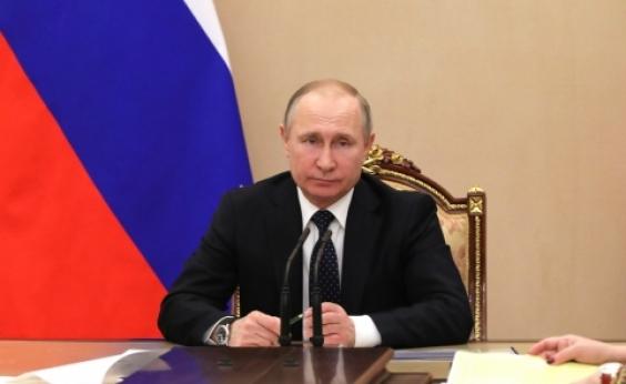 Pesquisa aponta vitória de Putin nas eleições da Rússia