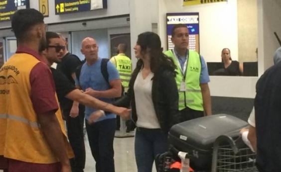 Lana Del Rey aparece de surpresa no Brasil