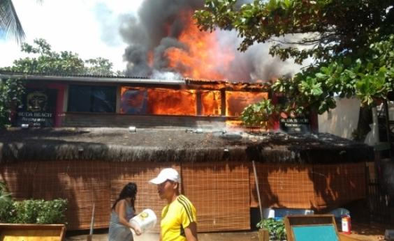 Incêndio atinge restaurante em Morro de São Paulo
