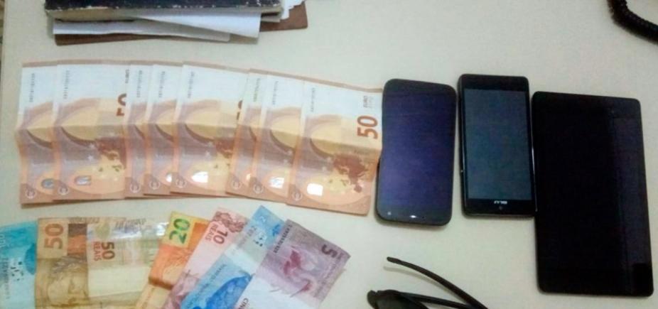[Trio é preso por invadir e roubar casa de turistas argentinos em Boipeba]