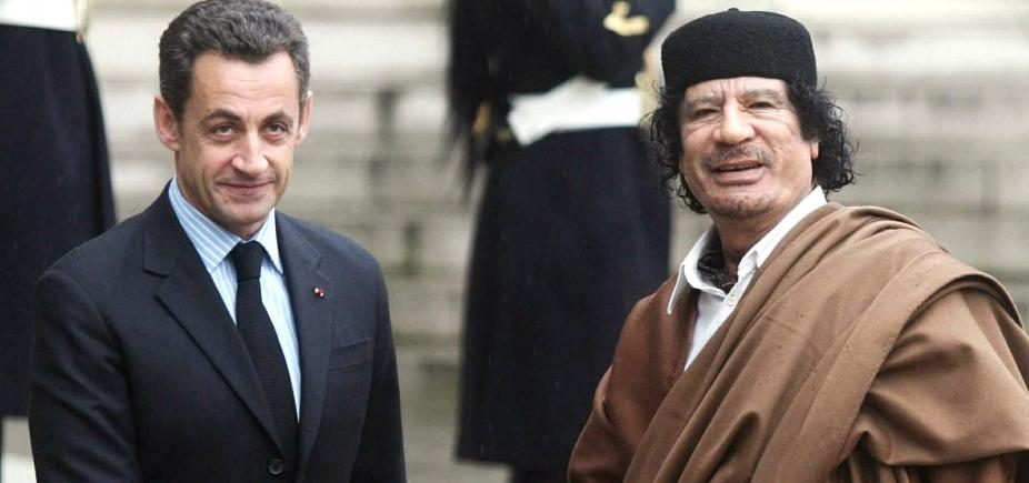 [Pelo segundo dia seguido, Sarkozy depõe sob custódia na França]